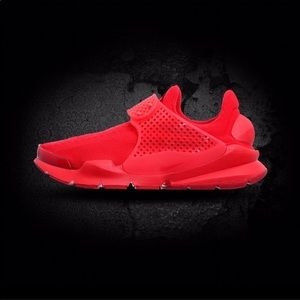 Men's Nike Sock Dart Triple Red 🔥